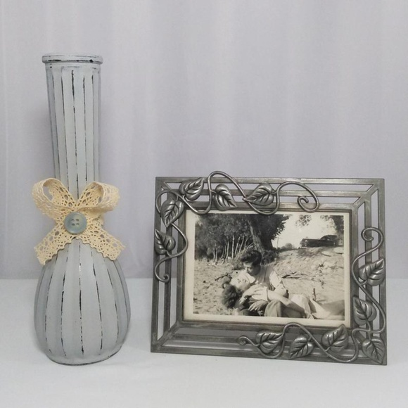 Distressed Gray Flower Vase w/ Lace Bow & Button